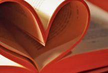 Mmmm Books:D / by Mandy Kongaika
