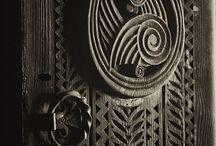 Doorways and Windows / by Mona