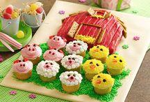 cakes / by Lynn Lamkin