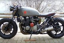 cafe racer bobber rat bike scrambler
