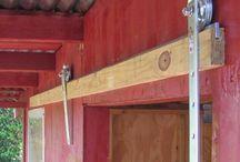 Раздвижные двери сарая