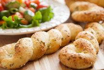 Beautiful Breadsticks / Spice up your favorite side / by Rhodes Bread & Rolls