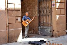 Artisti di strada / Fotografie di Bologna