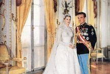 Famous Weddings we love / A collection of some of the most iconic weddings that we love to share!