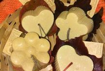 sapone naturale fatto a mano / saponette realizzate con la tecnica a freddo con olio d' oliva, miele, cera d' api, olii essenziali.