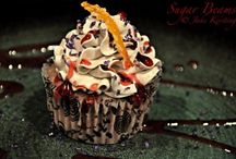 Cupcakes / by Ashley Jewer