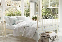 Bedrooms  / Vintage shabby chic white