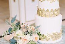 Cakes / by Courtney Ellegood