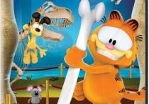 Garfield / Garfield is funny  / by Kaylee Alexis