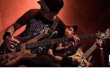 Keep On Rockin' In A Free World / Tributeband.nl presenteerde 15 januari 2016 een avond vol rock in Bibelot onder het motto 'Keep On Rockin' In A Free World'! de volgende 3 bands traden op: Present Danger, Volbeat Tribute en Dehaan (Metallica tribute).