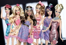 Heaps of barbies ahh barbie world