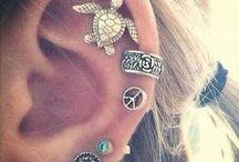 Aros y tatuajes