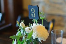 Aster Cafe Summer Wedding / Wedding floral designed by Artemisia Studios, a Minneapolis wedding florist. Photos by Michelle Tanner Photography.