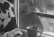 Coffee, boks and rain :)
