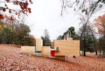 Cette structure en bois donne aux enfants une nouvelle façon de joue