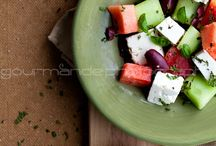 yum. veg. / by Zuzia Kucharczyk