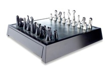 Chess Set, design Zoltan Popovits