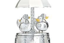 Musical Pieces / Musical jewelry boxes, musical trinkets, musical snow globes.