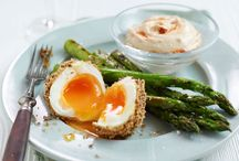 Asparagus Recipes / Asparagus is so versatile, and whether you're making a starter or a main they'll be an asparagus recipe to suit. We'll show you how to cook asparagus to make the most of this tasty vegetable.