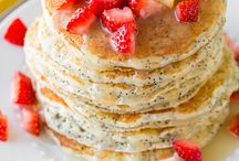 Breakfast recipes / by Michelle Leavitt