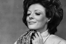 DAME MAGGIE SMITH / The Fabulous Maggie Smith, what a voice!