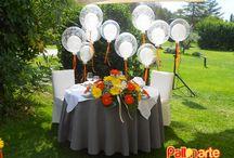 Mesa de honor chuches y tarta / Algunas de nuestras decoraciones para las mesas más importantes de cada evento. Los fantásticos carteles con nombre son realizados por nosotros mismos!