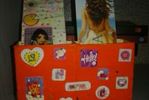 decoração na estante de Livros