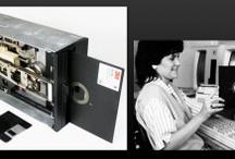 Digitalna Arheologija - Digital Archeology / Digitalna arheologija se bavi spašavanjem istorijskih podataka iz starijih struktura (magnetskih traka, IBM-ovih bušenih kartica, ketridža, flopi diskova i drugih medija za skladištenje podataka koji su danas izašli iz upotrebe) i njihovim prevođenjem u format koji je aktuelan i u kom bi se one mogle dalje koristiti.