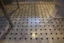 Bathrooms  / by Laura Goetzl