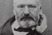 Portraits de Victor Hugo / Ici sont répertoriés tous les détails de portraits ou portraits (photographies, dessins, gravures, tableaux, etc.) représentant Victor Hugo