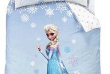 Abbigliamento ed accessori con Frozen Disney / Tshirt e copripiumini con le principesse Anna ed Elsa di Frozen originali della Disney