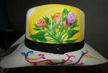 Mis Sombreros / Vendo sombreros personalizados, bellos, resistentes al agua y al sol, pedidos whatsapp 3158978129 Bogotá