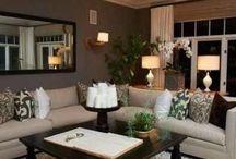 Living rooms / by Aubrey Saltarelli