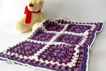 Cozy Handmade Gift Gide / Quality handmade gifts for fall and winter.