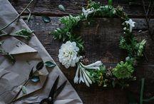 SISTERHOOD - Flower Crowns / It wouldn't be sisterhood without a flower a crown
