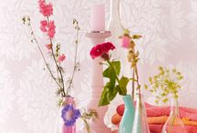 Bedroom Wallpaper / A collection of colours and design that lend themselves to a bedroom feature wall.