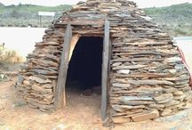 Vernacular Architecture / Vernacular Architecture - Simplicity at it's best - One component - Stone