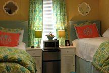 Dorm Rooms / by Sharon Donovan