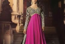heroine Priyanka / Exquisite Party Wear Heavy Semi-Stitched  Anarkali with Heavy Thread & Jari Work. Comes along with Santoon bottom and Chiffon Dupatta.