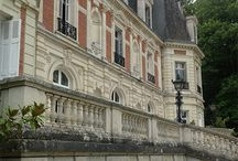 Dreamy Travels in France / Castles in the Loire Valley and beyond. Get travel ideas for magical France vacations.