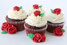 CUP CAKES YUM