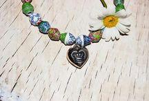paper beads bracelets