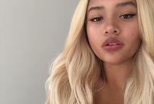 Blond, black beauties