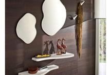 Mobili ingresso / Soluzioni d'arredo per ingresso, mensole, specchi, consolle, designo moderno o classico, effetto legno o laccato...