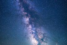 • Vesmír je ...