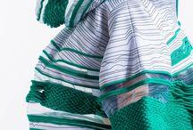 紐 毛糸 服