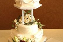 Pillar Wedding Cakes