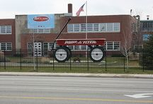 Illinois Roadside Attractions / World's largest things and other roadside attractions in Illinois to see on your next road trip.