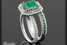 Rings I Love / by Elaine Swart