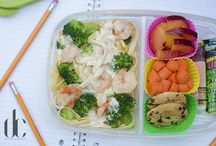 School Lunch / Who says school lunches have to be boring? Try these fun, healthy and sometimes super cute lunch ideas for your children.